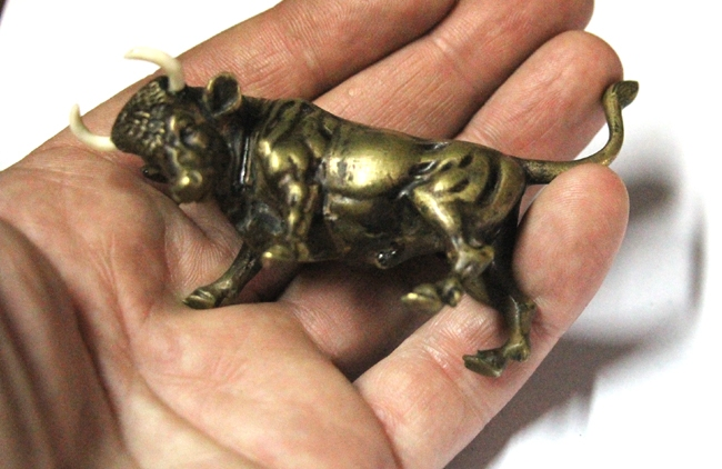 Bronce / Bronze / esculturas en general   Interesting old French bull small bronze 8 cm x 6 cm EXCELLENT REALIZATION !