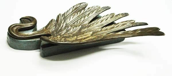 Bronce / Bronze / esculturas en general   Stunning antique bronze wing on wooden base card holder ?