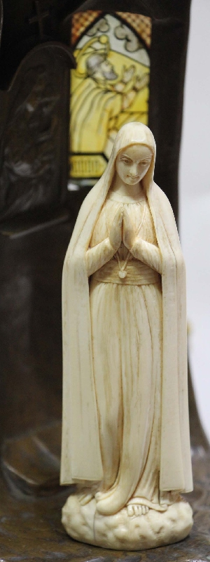 Antiguedades / Antiques   Lovely antique art nouveau Our Lady of Lourdes Virgin Mary lamp signed Paysan
