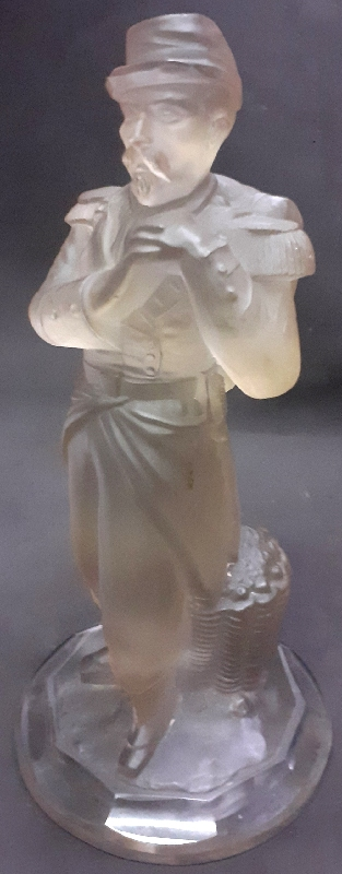 Antiguedades / Antiques   MUSEUM PIECE old french glass legionary soldier figure Lalique ?