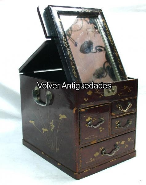 Antiguedades / Antiques   Alhajero costurerito laca chino VENDIDO