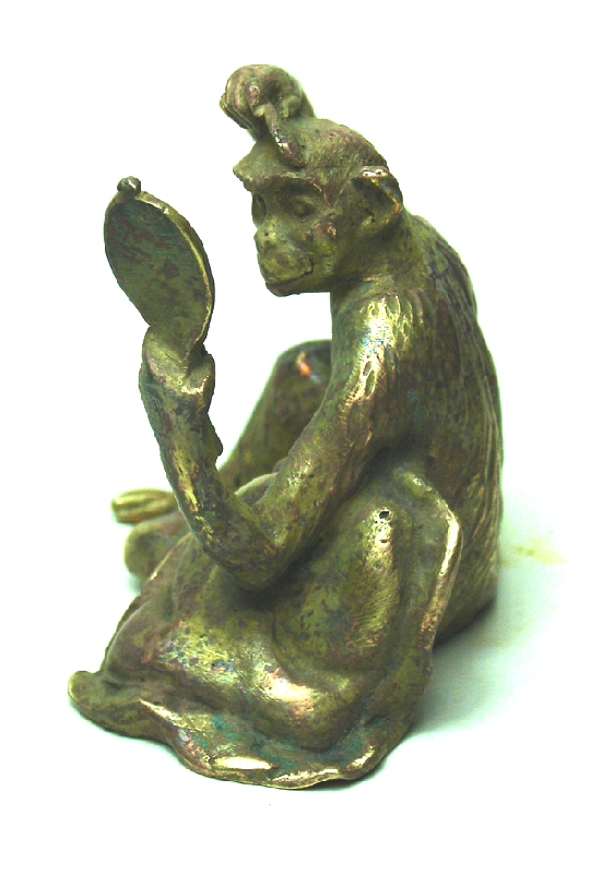 Antiguedades / Antiques   Very funny RARE old Vienna Bronze small flirt monkey combing with mirror