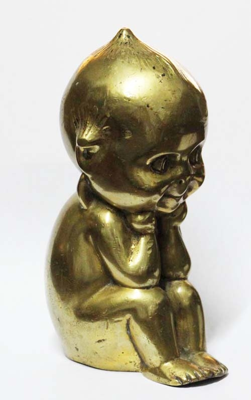Antiguedades / Antiques   Lovely big old bronze Kewpie seating & smiling 16 cm x 9 cm x 7 cm