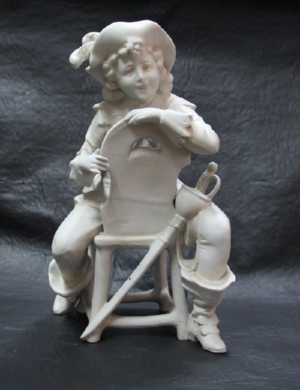 Antiguedades / Antiques   Nice old romantic German swordsman swordsboys sitting bisque figure near mint