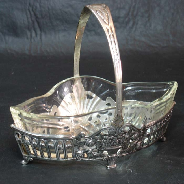 Antiguedades / Antiques   Antique Lovely tiny & small WMF silver plated basquet
