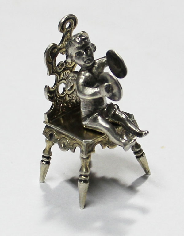 Plata / Silver   Lovely old tiny silver angel  on chair playing cymbals