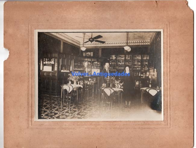 Fotos / Photos   Interesting old Argentine restaurant pub bar bottles photo 13 x 18 cm