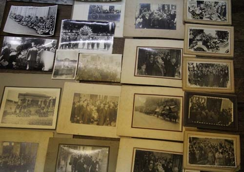 Fotos / Photos   Lot of 200 mourning funeral dead people old photos