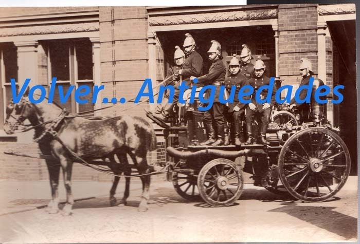 Fotos / Photos   London RARE fireman albumen photo Ca 1890 14 x 21 cm