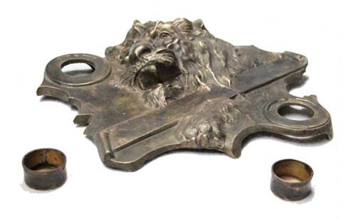 Elementos de escritorio / Desktop items   Interesting rare old bronze inkwell roaring lion 32 cm x 23 cm x 7 cm FREE SHIPP