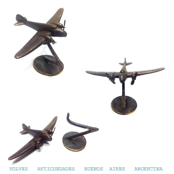Automobilia / Transportation   Interesting old small tiny desk bronze airplane car mascot